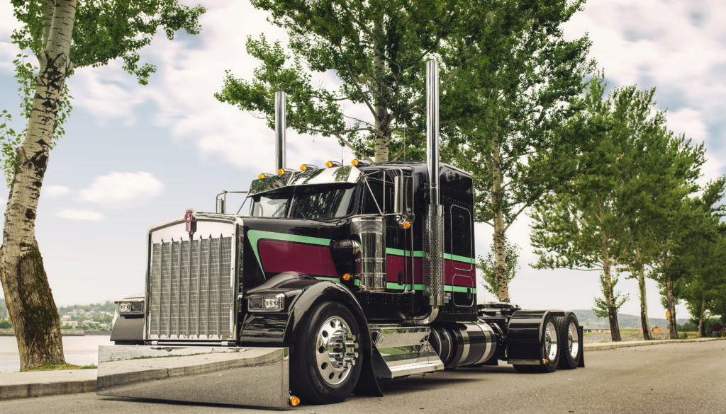 Kenworth semi truck with stripes