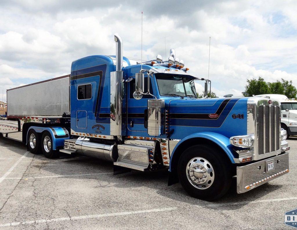 TopMark 12 Trucks of Christmas Day 6