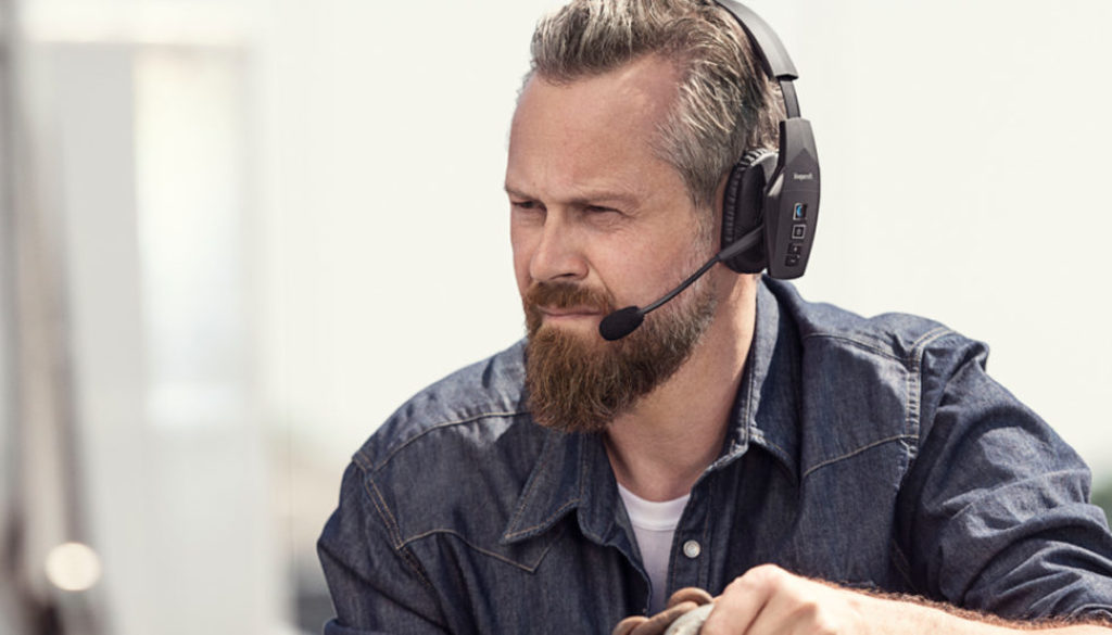 6 Best Bluetooth Headsets For Truckers 2020 Review