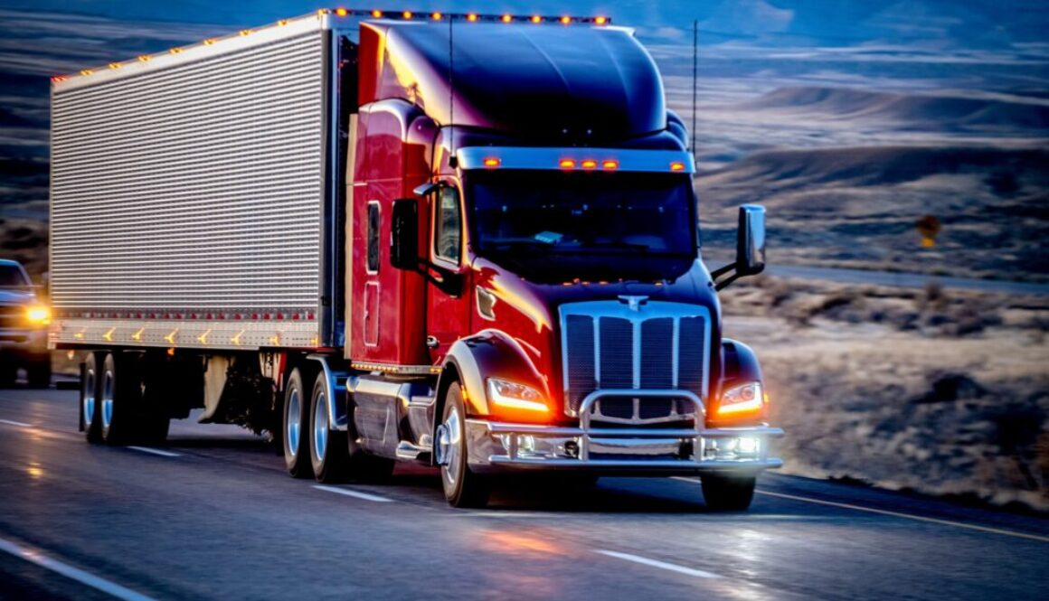 FMCSA_Starts_Applying_Pulsating_Brake_Lights_to_More_Trucks