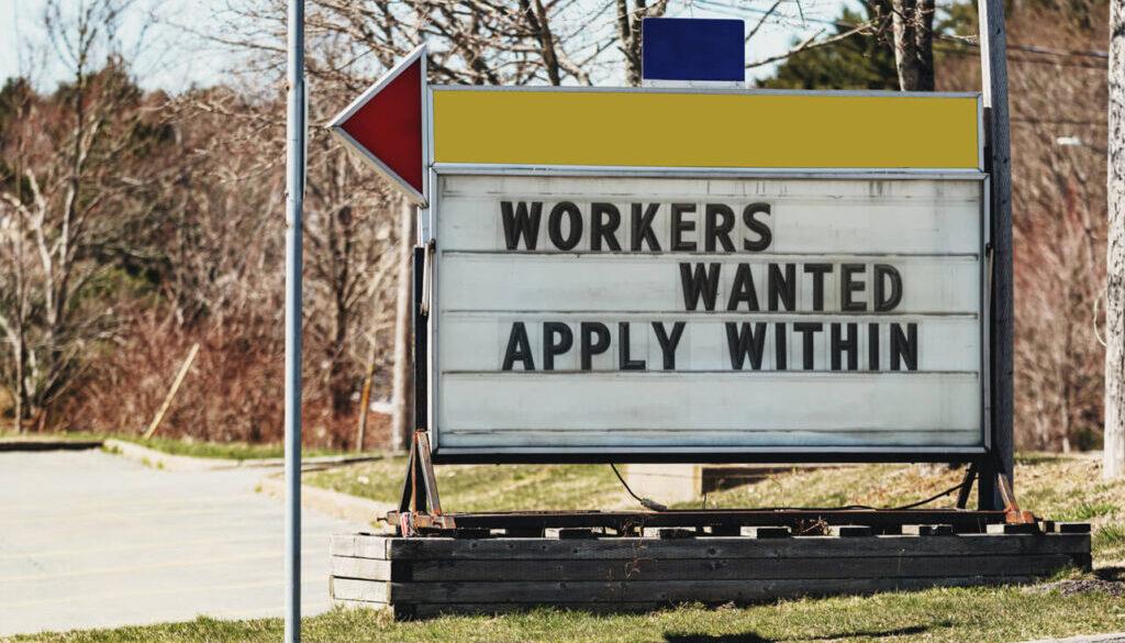 Regulation_Leaders_Meet_to_Discuss_Trucking_Employment